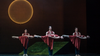 Neumeier, Mahler et roses rouges à Garnier