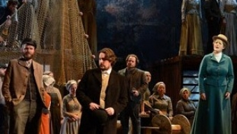 Britten largue les amarres à Lyon