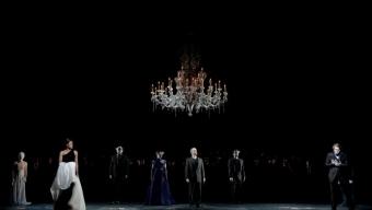 Une Traviata toute en noir à Montpellier