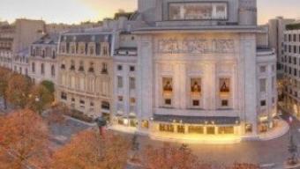Des stars et des  jeunes talents sur les Champs Elysées