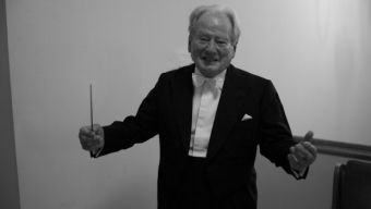 Neville Marriner a rejoint Mozart