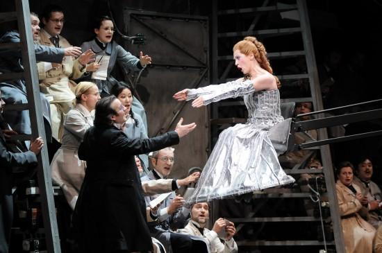 opera-national-lyon-2013-2014-contes-dhoffman-L-BtG6QC