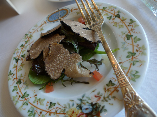 Summer-Truffle-Salad-at-Le-Grand-Véfour-by-Barbra-Austin