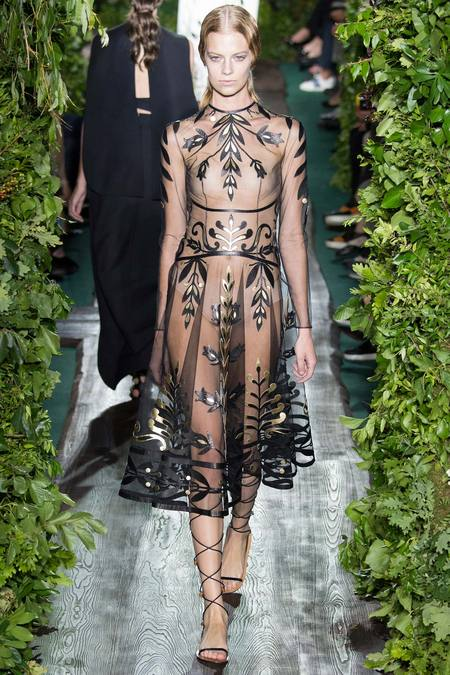 Valentino-Haute-Couture-fall-2014-Winter-2015