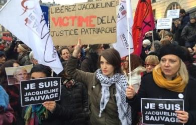 Les-militants-reclament-la-liberation-de-Jacqueline-Sauvage-condamnee-en-appel-pour-le-meurtre-de-son-mari-violent-le-4-decembre-dernier_pics_390