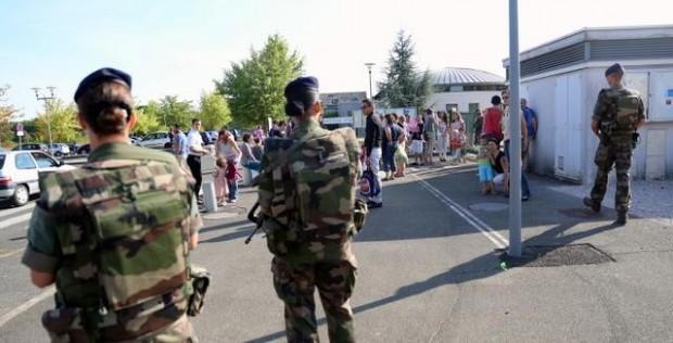 Rentree-scolaire-sous-surveillance-a-Vineuil_image_article_large